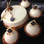 Le Turin (Décembre) : Biscuit cuillère chantilly vanille au mascarpone, mousse marron