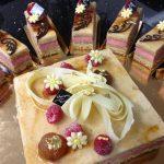 Le Versailles (Octobre 2014) Biscuit noisette ,crème feuillantine 'mousse framboise et mousse marron